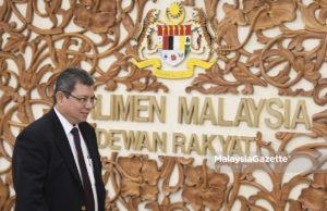 Menteri Luar Negeri, Datuk Saifuddin Abdullah ketika menghadiri sesi perbahasan di Dewan Rakyat, Bangunan Parlimen, Kuala Lumpur. foto FAREEZ FADZIL, 25 JULAI 2018