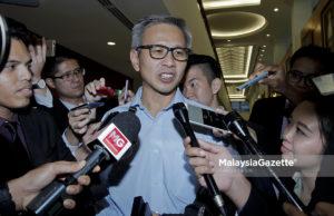 Ahli Parlimen Damansara merangkap Setiausaha Politik Menteri Kewangan, Tony Pua hari ini mendakwa 'orang atasan' MMC-Gamuda sengaja mencari simpati rakyat dengan 'menjual' kisah nasib 20,000 pekerja bagi menutup pekung sendiri.