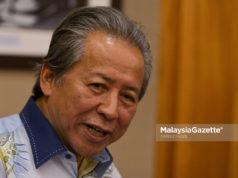Bekas Menteri Luar Datuk Seri Anifah Aman hari ini mengesahkan keluar daripada UMNO.