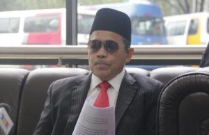 Bekas Menteri di Jabatan Perdana Menteri yang juga anggota Parlimen Arau, Datuk Seri Dr Shahidan Kassim perlu hadir di Mahkamah Sesyen Kangar Isnin ini untuk menghadapi pertuduhan bersabit kes mencabul seorang gadis bawah umur, baru-baru ini.