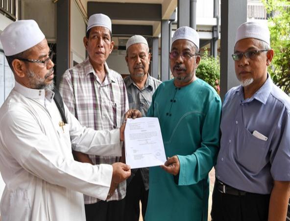 CT-One Corporation Sdn Bhd dan Maahad Tahfiz Al-Hashimi hari ini memfailkan rayuan terhadap keputusan Mahkamah Sesyen Kota Bharu yang memerintahkan kedua-duanya dan satu pihak lagi membayar sejumlah RM4,334,507 kepada bekas pelajarnya yang terbabit dalam kemalangan van pada Jun tahun lepas.