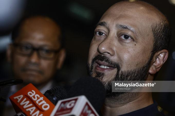 Kerajaan Kedah akan membuat keputusan sama ada mengekalkan atau menaikkan kadar tarif air di negeri ini pada awal tahun depan, kata Menteri Besar Datuk Seri Mukhriz Tun Mahathir.