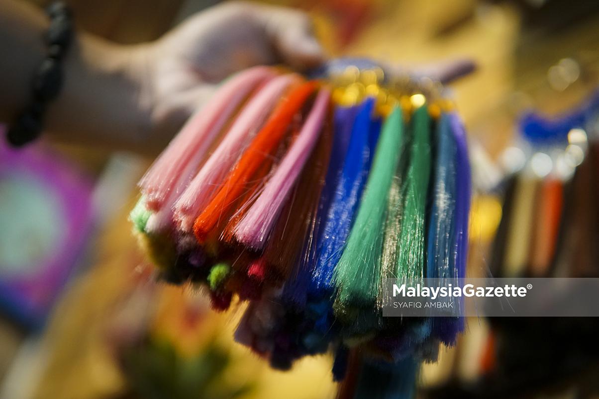 MGF13022019_PHOTO ESSAY RAMBUT PALSU09